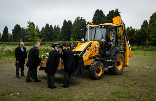 A former digger driver was given a fitting send-off when his coffin was carried to his funeral in a JCB. The coffin of Len Fairhurst, from Leicester, was transported in the bucket of a digger at the request of his family. Caption: The Funeral of 'Len' Leonard Anthony Fairhurst takes place at Countesthorpe, South Leicestershire Memorial Park and Crematorioum. His coffin was brought to the funeral in the bucket of a JCB.
