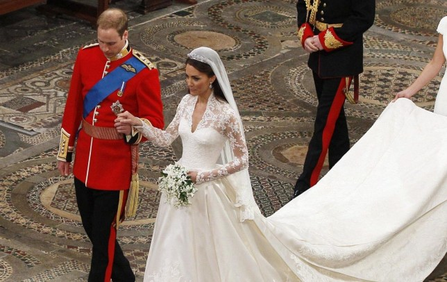 Kate Middleton S Wedding Dress Beats Meghan Markle S Givenchy