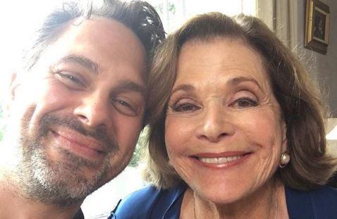 Jason Bateman's defense of Jeffrey Tambor branded 'pathetic' by Jessica Walter's co-star Thomas Sadoski