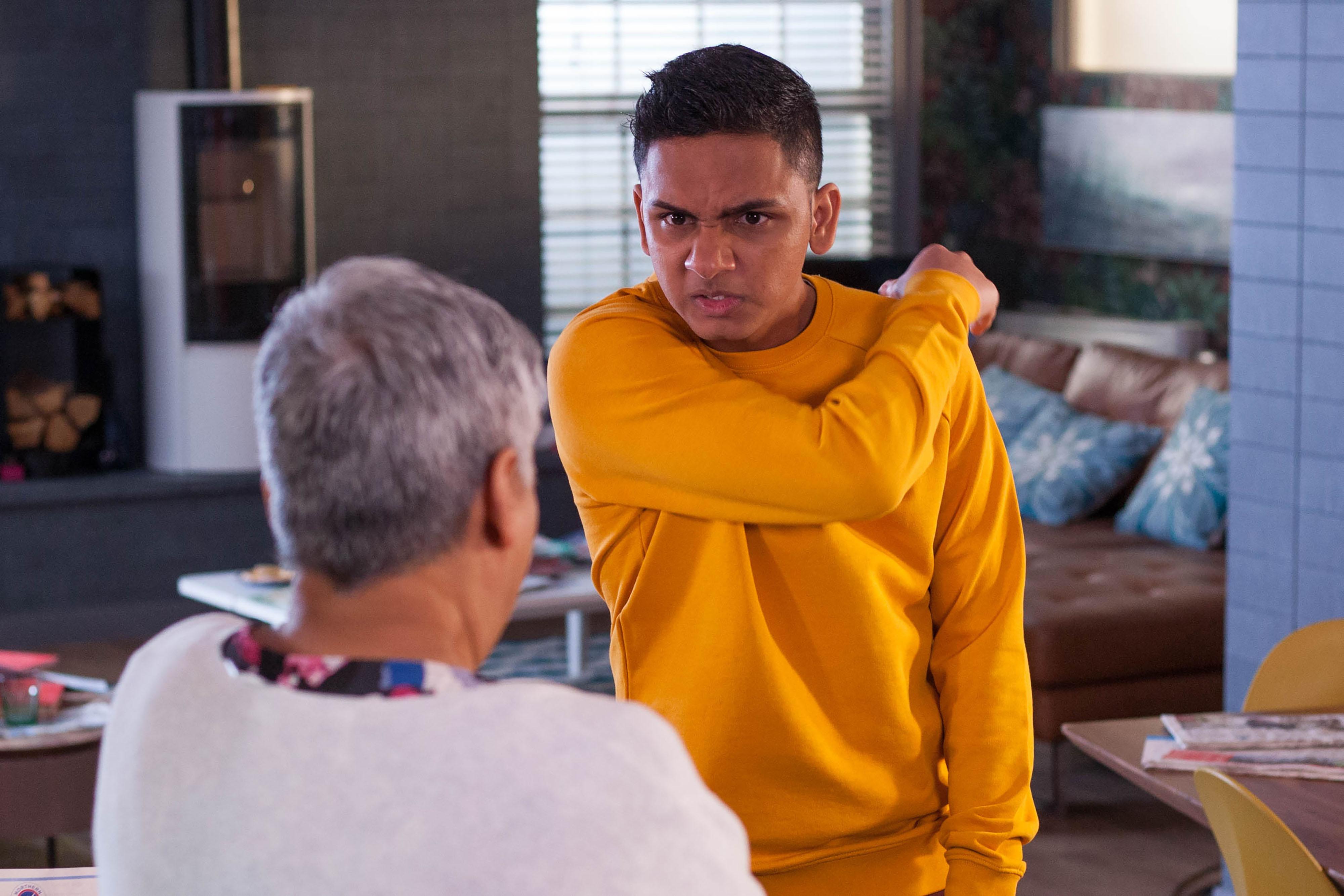 Hollyoaks spoilers: Imran turns violent as he romances Brooke