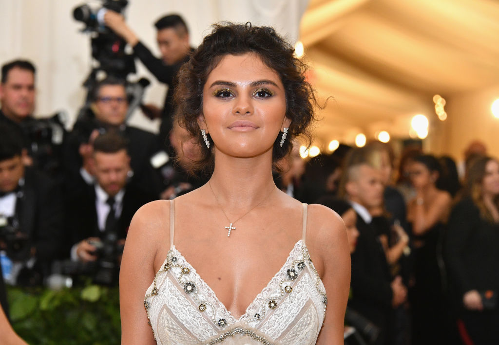 Selena Gomez 'looks at relationships differently' since splitting up with Justin Bieber