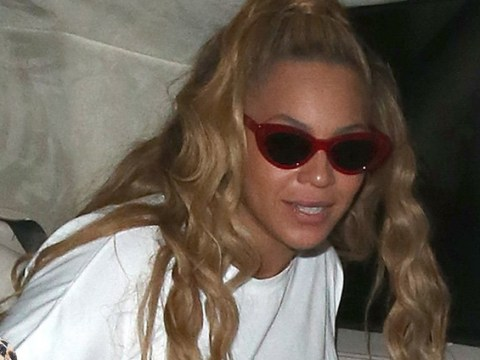 Beyonce tries to sneak out of London bar at 4am, fails miserably