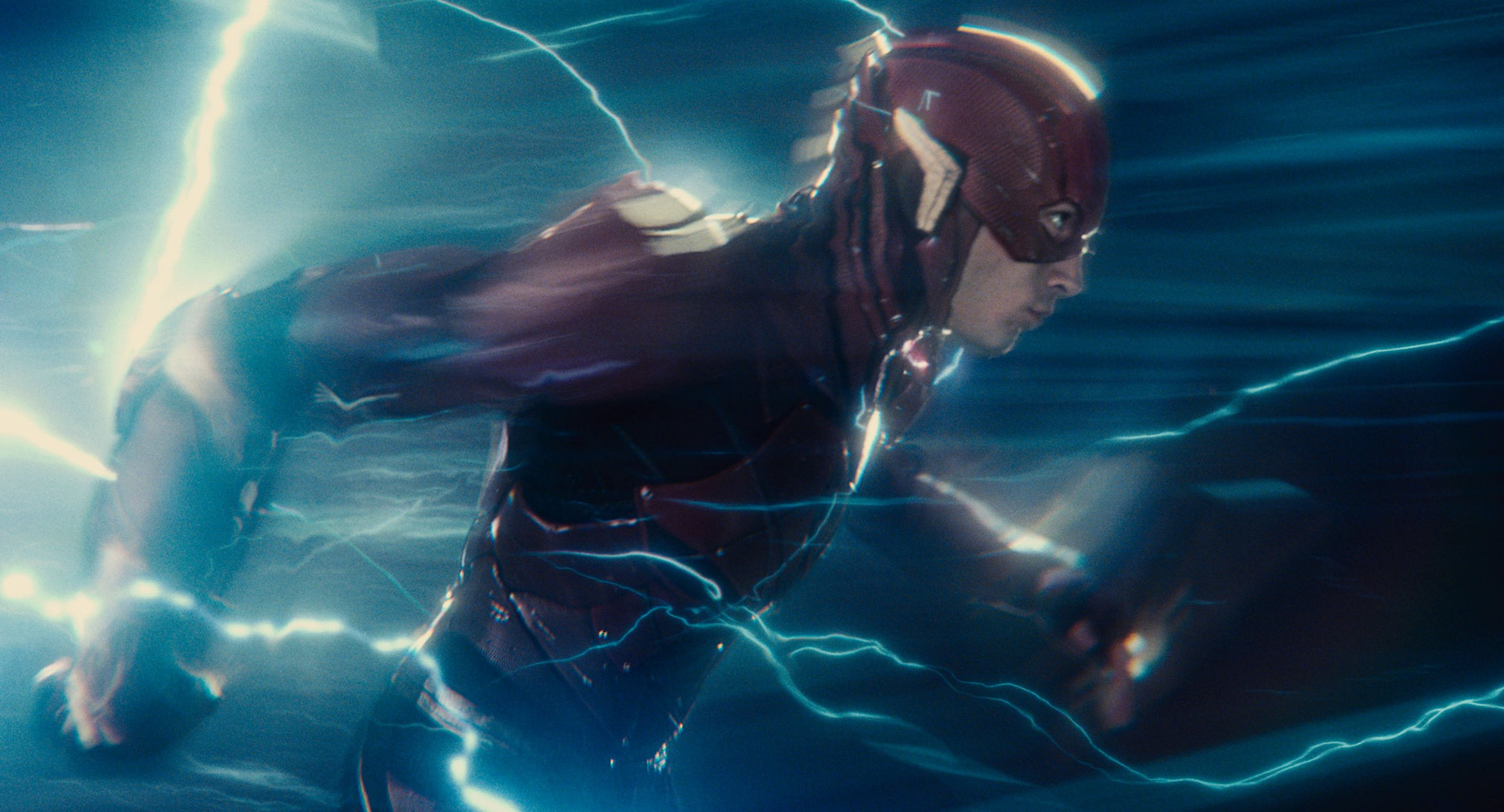 Fans finally get to know why DC did not show Flash's second suit in Justice League