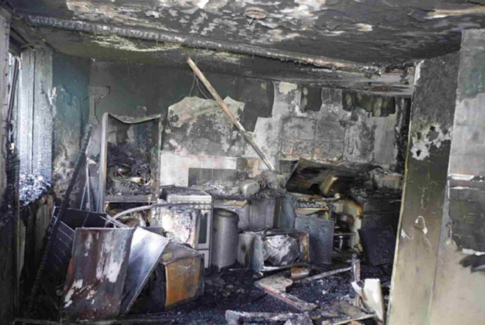Undated handout photo issued by the Grenfell Tower Inquiry of the kitchen in flat 16 where the fire started on June 14 last year. PRESS ASSOCIATION Photo. Issue date: Monday June 4, 2018. Seventy-two people were killed after the fire tore through the housing block in Kensington, west London last year. See PA story INQUIRY Grenfell. Photo credit should read: Grenfell Tower Inquiry/PA Wire NOTE TO EDITORS: This handout photo may only be used in for editorial reporting purposes for the contemporaneous illustration of events, things or the people in the image or facts mentioned in the caption. Reuse of the picture may require further permission from the copyright holder.