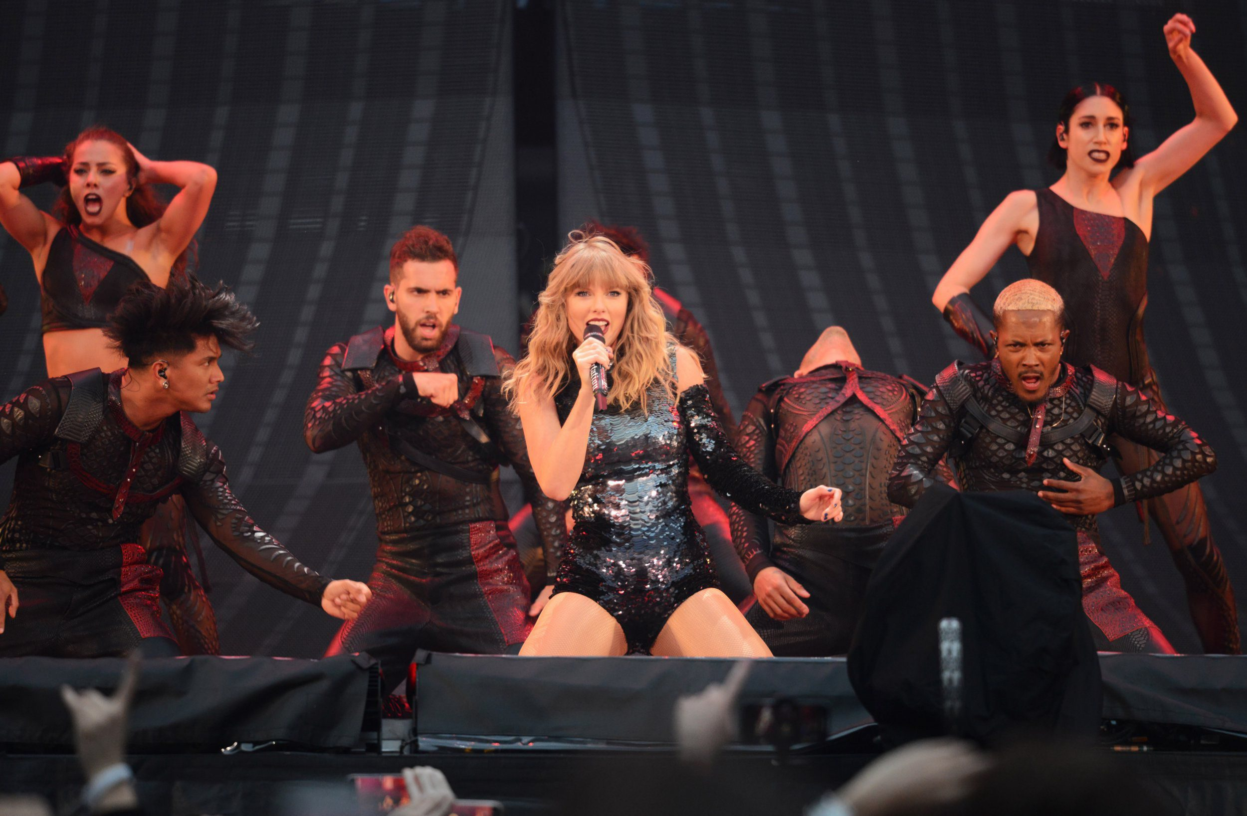 MANCHESTER, ENGLAND - JUNE 08: Taylor Swift performs on stage during the Taylor Swift reputation Stadium Tour at Etihad Stadium on June 8, 2018 in Manchester, England. (Photo by Dave Hogan/TAS18/Dave Hogan/Getty Images)