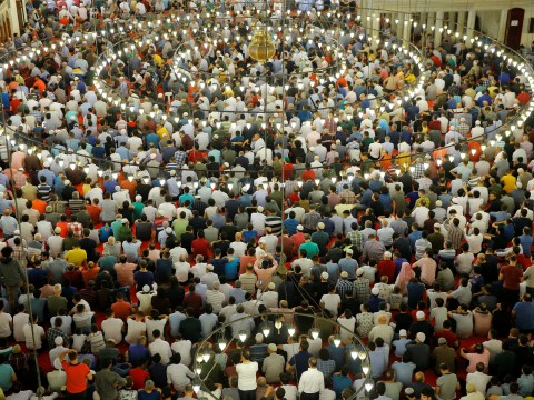 Millions of Muslims gather to celebrate Eid-ul Fitr across the world