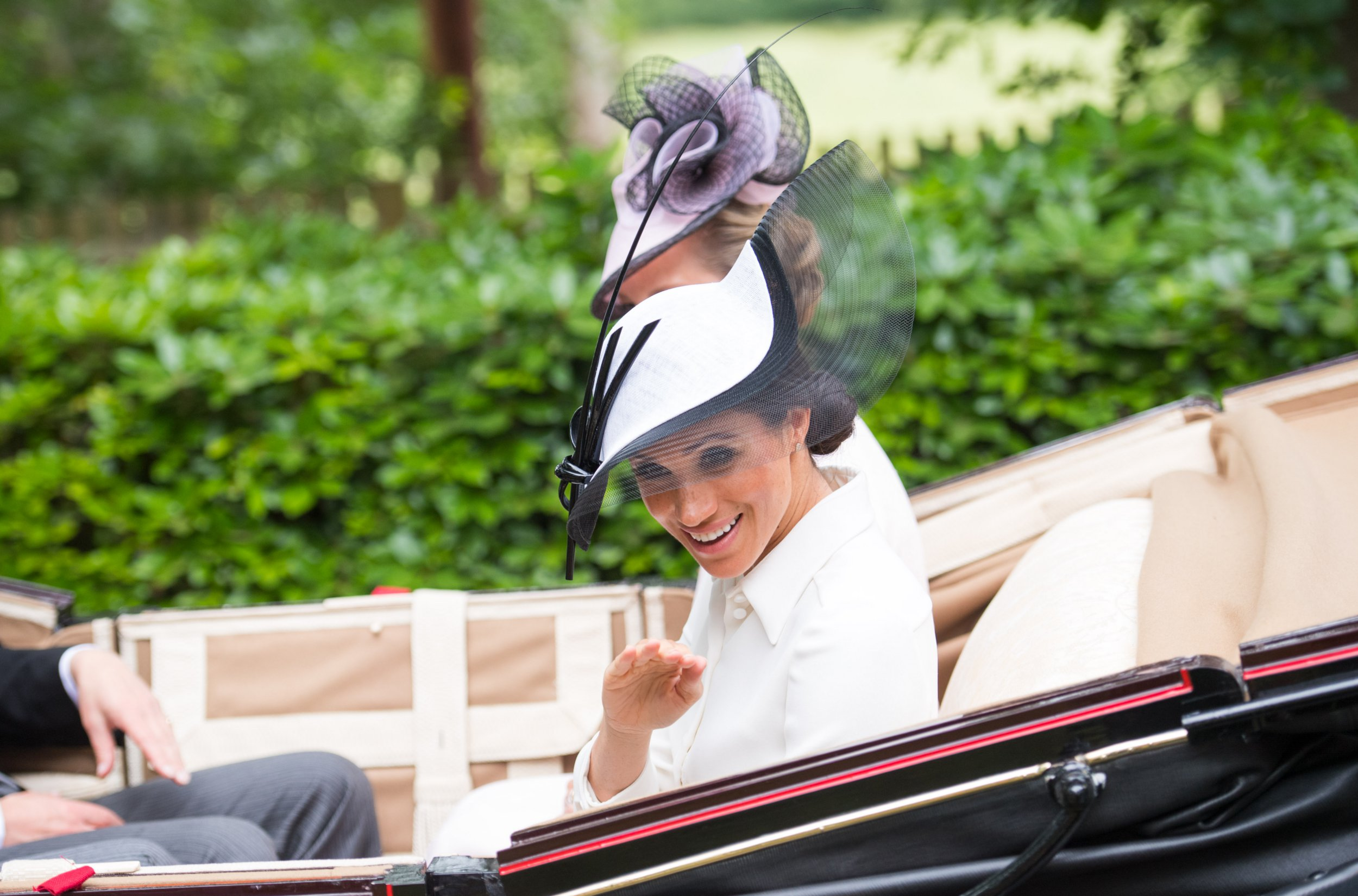 Royals arrive for day one of Royal Ascot 2018 Pictured: Meghan,the Duchess of Sussex Ref: SPL5004812 190618 NON-EXCLUSIVE Picture by: SplashNews.com Splash News and Pictures Los Angeles: 310-821-2666 New York: 212-619-2666 London: 0207 644 7656 Milan: +39 02 4399 8577 photodesk@splashnews.com World Rights,