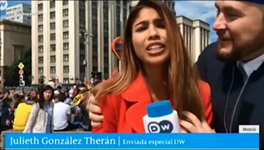 Reporter sexually assaulted live on camera during World Cup coverage METRO GRAB taken from: http://video.metro.co.uk/video/met/2018/06/21/1836815282828624113/1024x576_MP4_1836815282828624113.mp4 Credit: DW_espanol