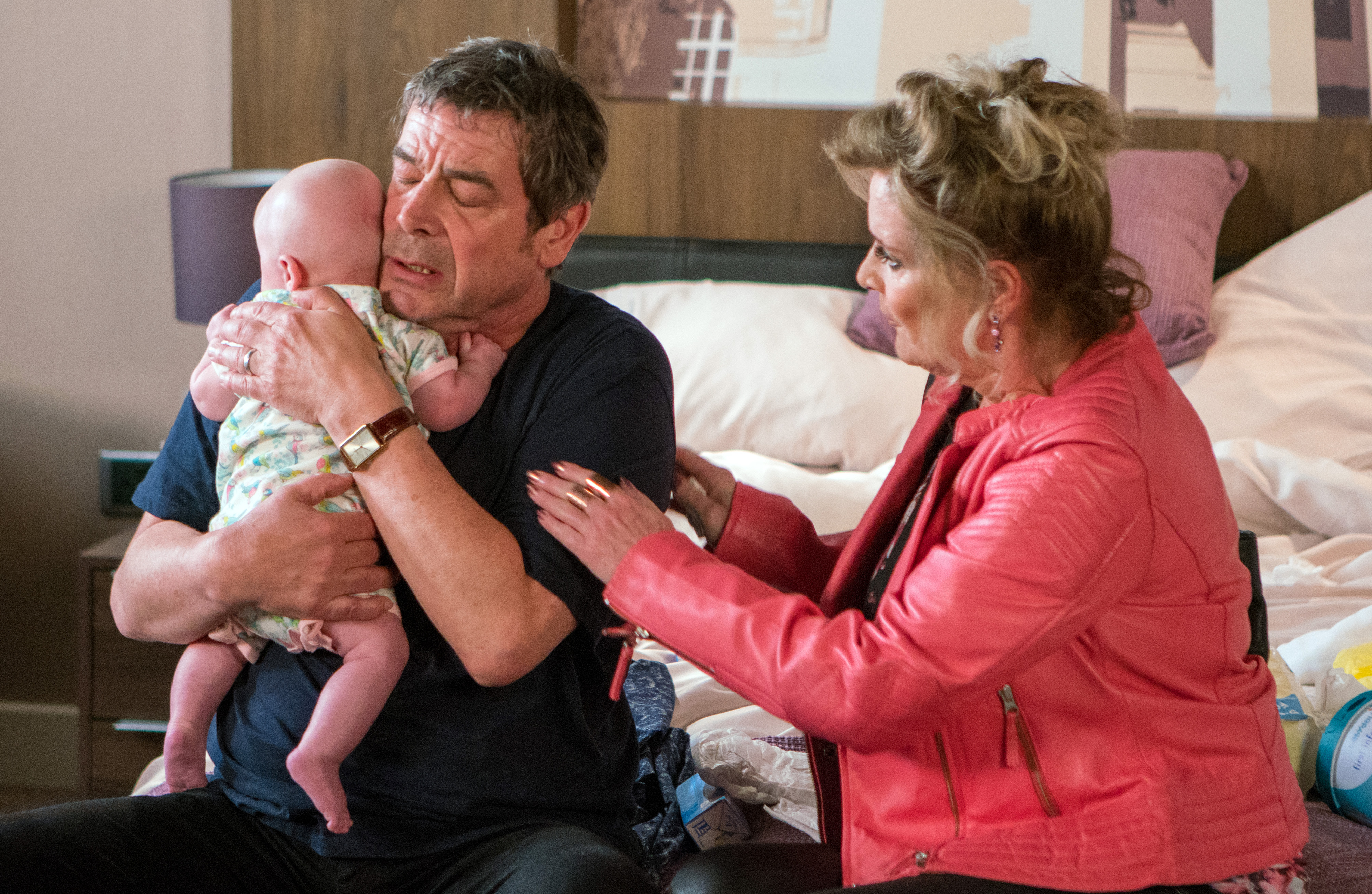 Coronation Street spoilers: Will Johnny run away with Liz McDonald?