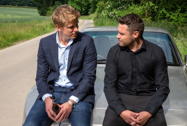 Robert Sugden (Ryan Hawley) and Aaron Dingle (Danny Miller) make a heartbreaking decision