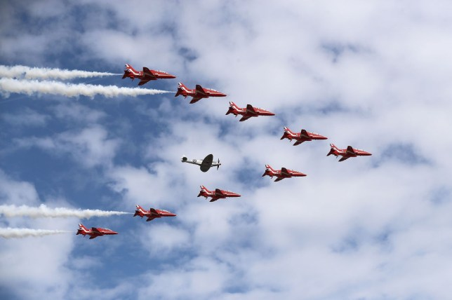 Farnborough Airshow tickets, schedule and flying display