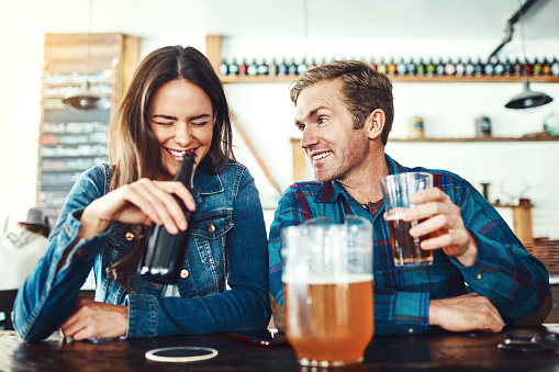 A new study reveals you're more likely to drink if you're single