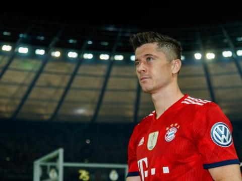 Robert Lewandowski speaks out after Manchester United transfer speculation