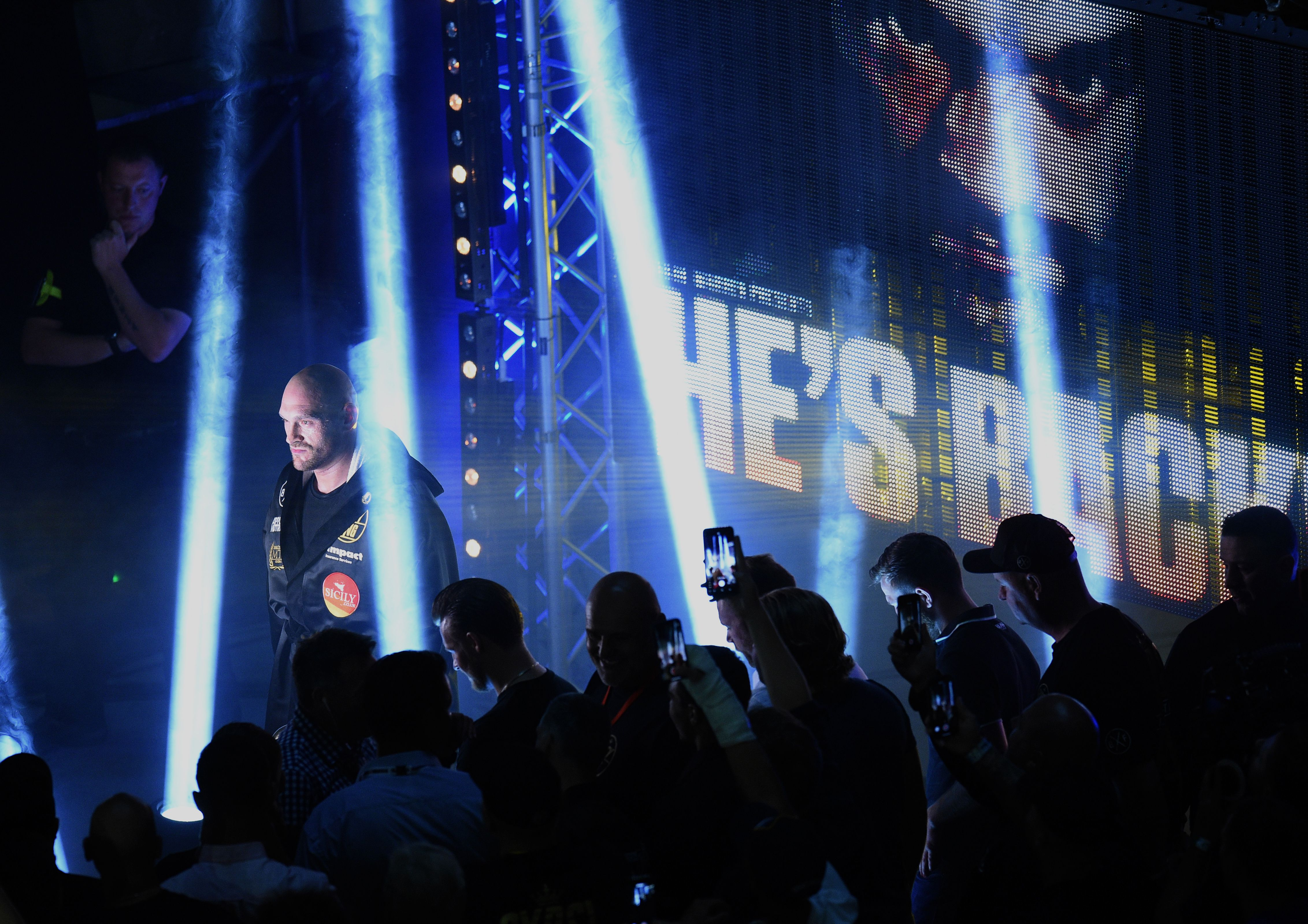 Tony Bellew predicts Tyson Fury cannot reclaim past glory and Anthony Joshua will smash Alexander Povetkin