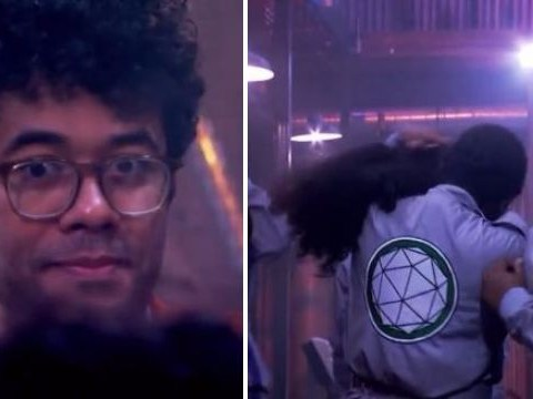 Crystal Maze contestant's wig falls off and Richard Ayoade's reaction is priceless