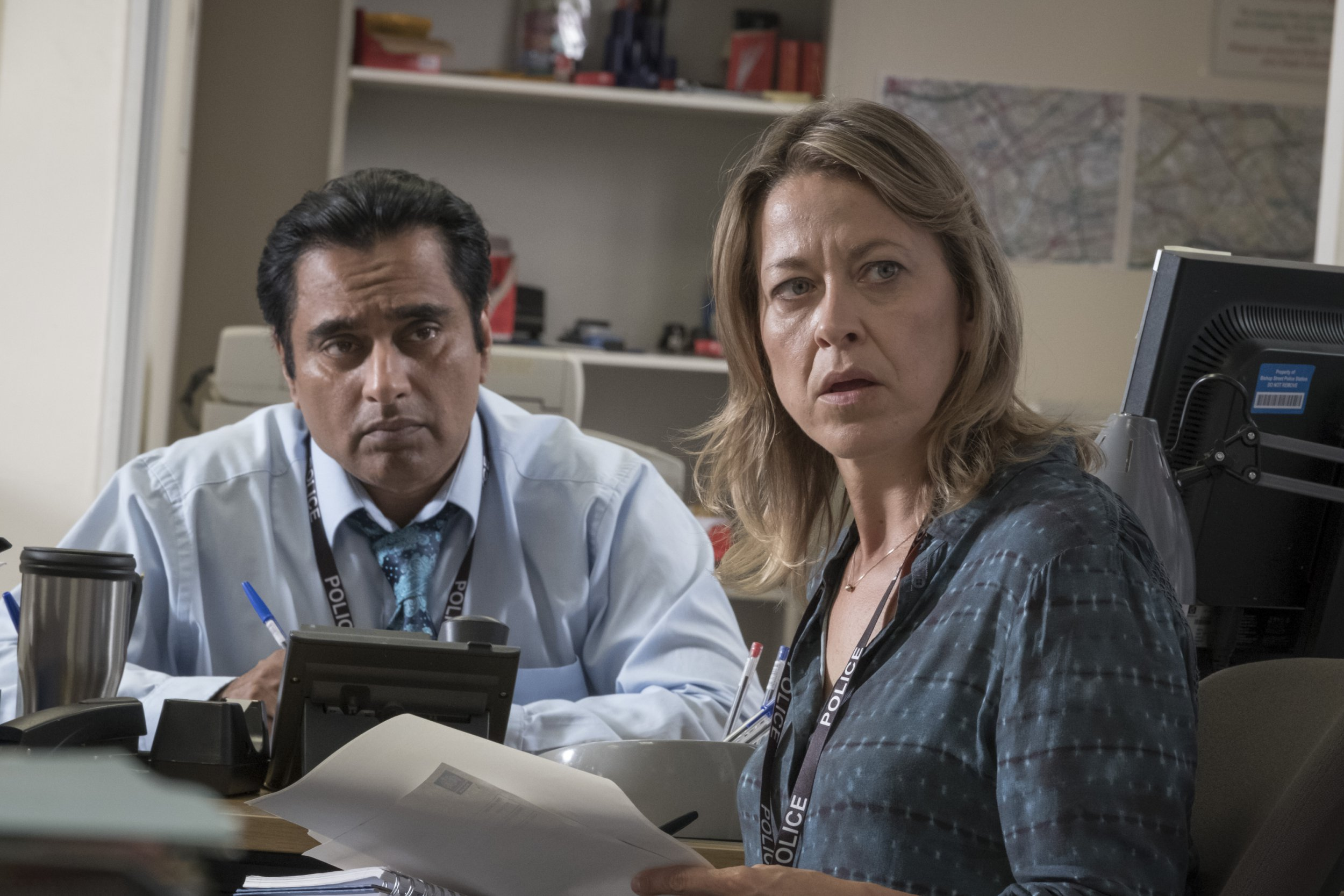 Television Programme: Unforgotten with Nicola Walker as DCI Cassie Stuart and Sanjeev Bhaskar as Sunny. ITV UNFORGOTTEN SERIES 2 EPISODE 5 Pictured : NICOLA WALKER as DCI Cassie Stuart and SANJEEV BHASKAR as Sunny. This photograph is (C) ITV Plc and can only be reproduced for editorial purposes directly in connection with the programme or event mentioned above. Once made available by ITV plc Picture Desk, this photograph can be reproduced once only up until the transmission [TX] date and no reproduction fee will be charged. Any subsequent usage may incur a fee. This photograph must not be manipulated [excluding basic cropping] in a manner which alters the visual appearance of the person photographed deemed detrimental or inappropriate by ITV plc Picture Desk. This photograph must not be syndicated to any other company, publication or website, or permanently archived, without the express written permission of ITV Plc Picture Desk. Full Terms and conditions are available on the website www.itvpictures.com For further information please contact: Patrick.smith@itv.com 0207 1573044