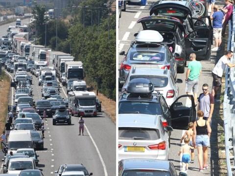Eurotunnel cancels journeys after heatwave causes five-hour delays in 31C heat