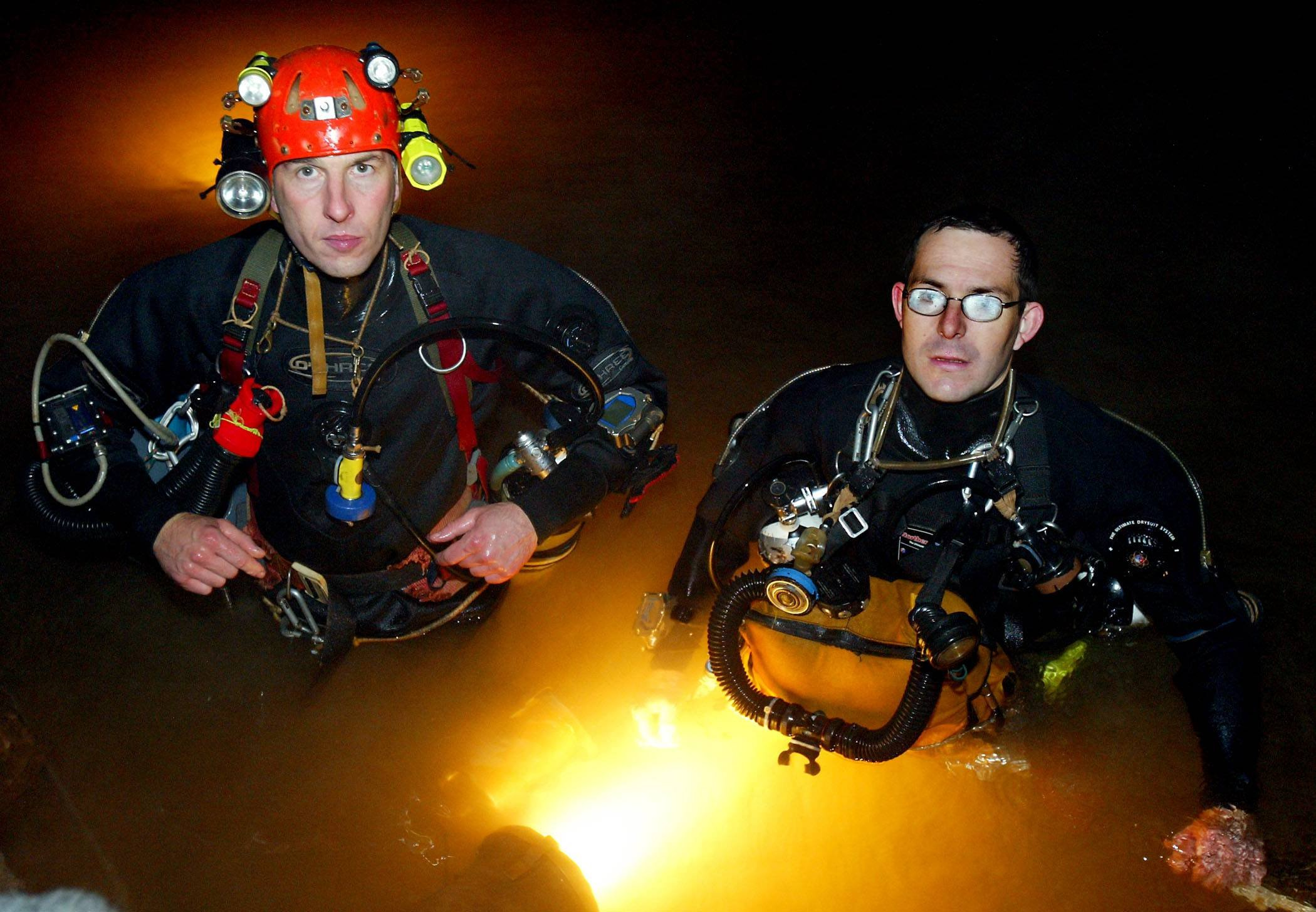 British cave diver who rescued trapped Thai footballers says he is not a hero