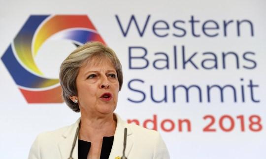 epa06878506 British Prime Minister Theresa May during a press conference at the Western Balkans Summit at Lancaster House in London, Britain, 10 July 2018. Britain is hosting the Western Balkans Summit in London 10 July. EPA/ANDY RAIN