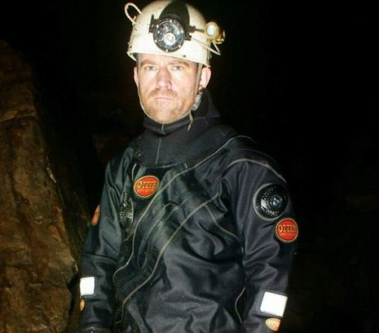 One of the hero cave divers who helped rescue 12 boys and their football coach from flooded caves in Thailand is from Huddersfield. Jason Mallinson, who has just turned 50, and lives in Oakes has a partner and an 18-month-old boy. He took part in all three dives which brought the boys out in a daring rescue mission that has gripped the world?s attention. caption: Diver Jason Mallinson who has heroically helped rescue the children trapped in Thai cave