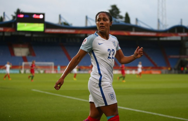 TILBURG, NETHERLANDS - JULY 27: Alex Scott of England Women during the UEFA Women's Euro 2017 match between Portugal and England at Koning Willem II Stadium on July 27, 2017 in Tilburg, Netherlands. (Photo by Catherine Ivill - AMA/Getty Images)