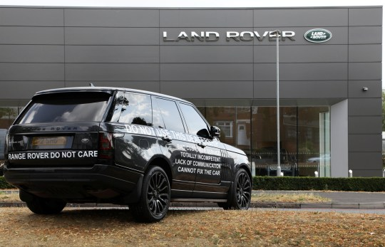 Driver Prints Bad Review Of Car Dealership On Range Rover And Dumps