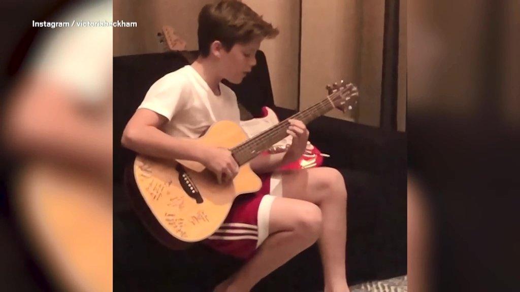Cruz singing Bieber's Love Yourself Picture: Victoriabeckham METROGRAB