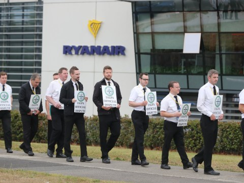 Ryanair responds to today's strikes by 'threatening' to sack 300 pilots and cabin crew