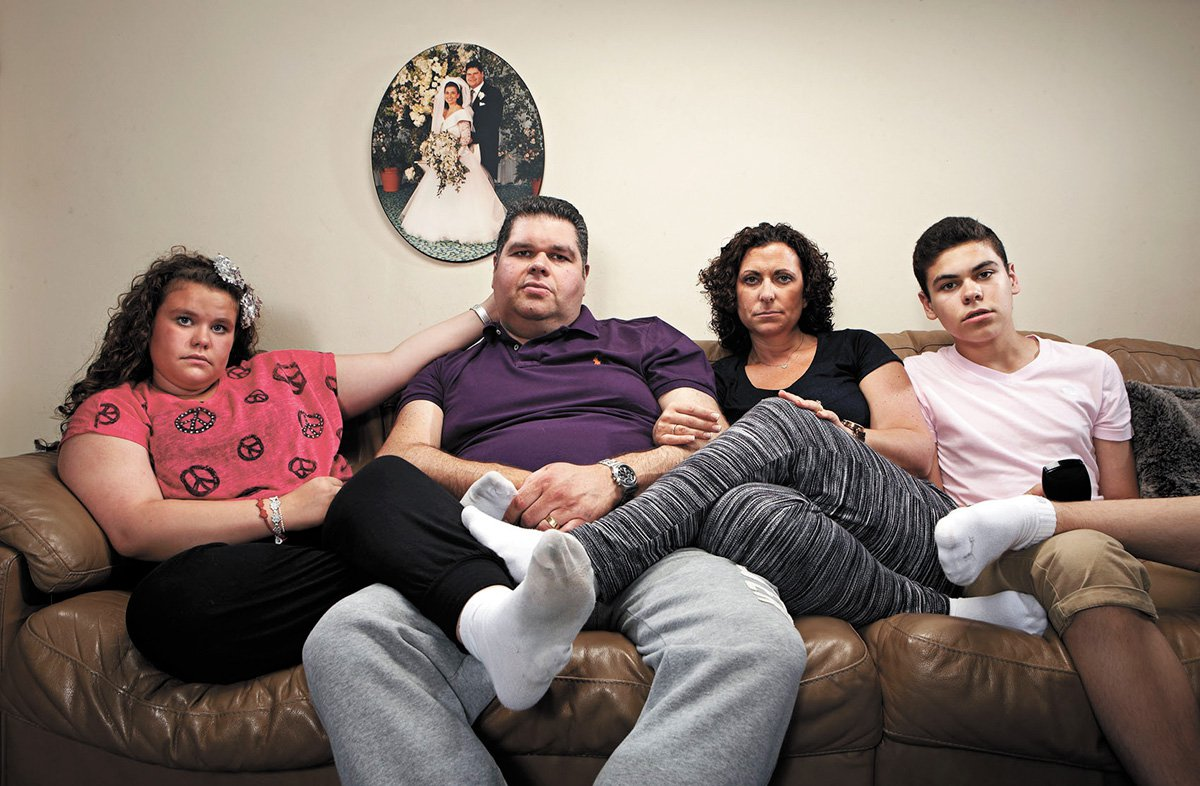 Television programme: 'Gogglebox' with Jonathan Tapper and his wife Nikki Tapper, son Josh Tapper and daughter Amy Tapper.
