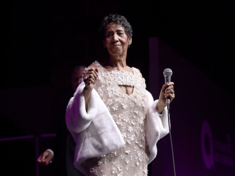 'Gravely ill' Aretha Franklin battles cancer as family ask for prayers