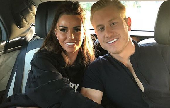 Katie Price and Kris Boyson-3bde