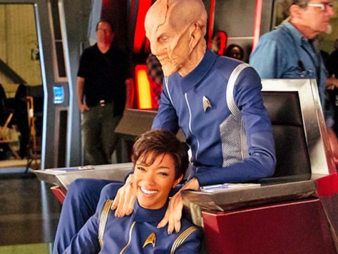 Star Trek: Discovery releases behind the scenes shots of Sonequa Martin-Green, Doug Jones and other key cast members