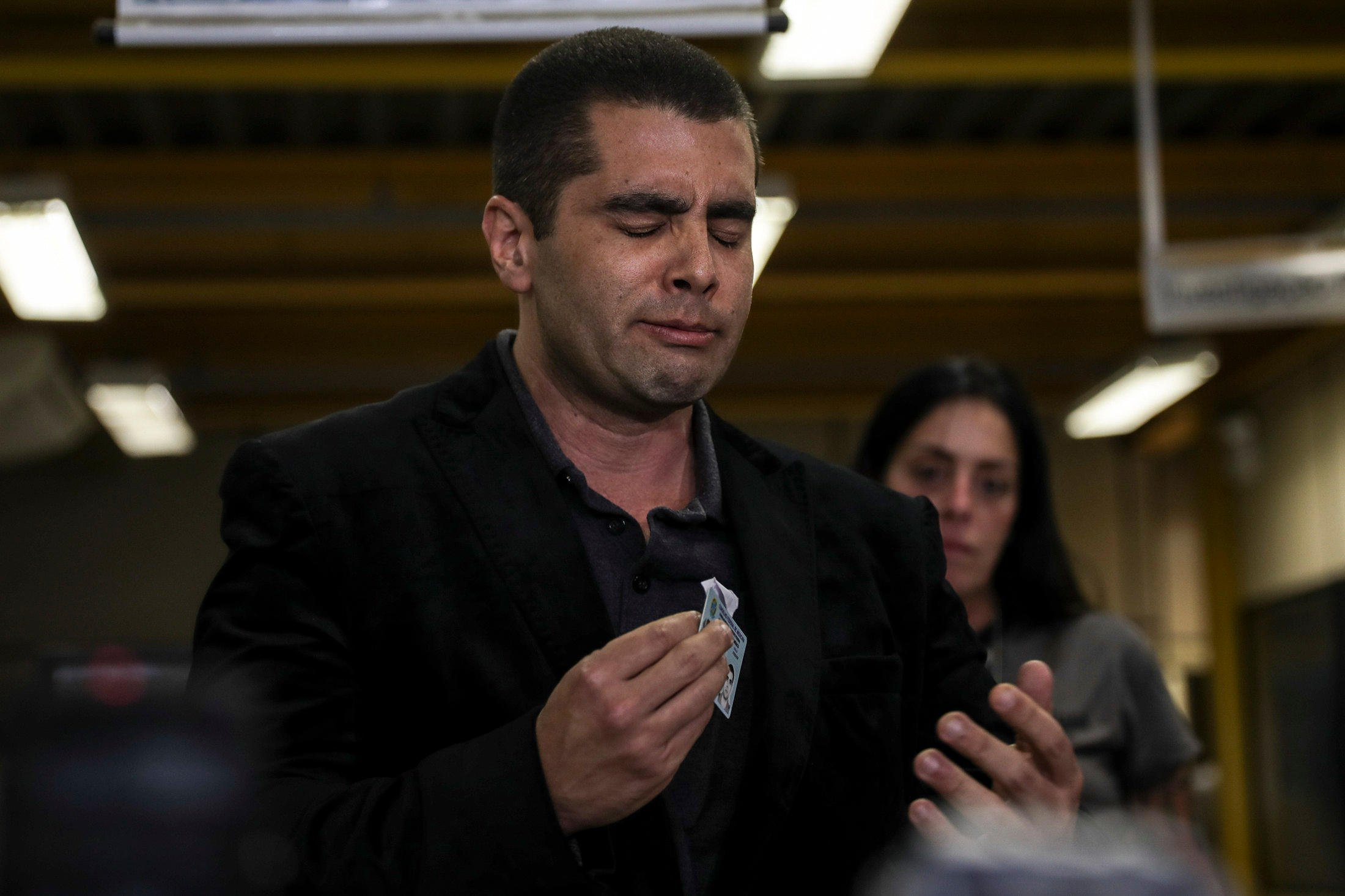 Alamy Live News. PA122X Rio De Janeiro, Brazil. 19th July, 2018. Brazilian doctor Denis Cesar Barros Furtado, widely known as 'Dr. Bumbum', addresses the media at a police station, in Rio de Janeiro, Brazil, 19 July 2018. The Police captures the plastic surgeon who was fugitive after one of his patients died during a clandestine surgery, in Rio de Janeiro. Credit: Antonio Lacerda/EFE/Alamy Live News This is an Alamy Live News image and may not be part of your current Alamy deal . If you are unsure, please contact our sales team to check.