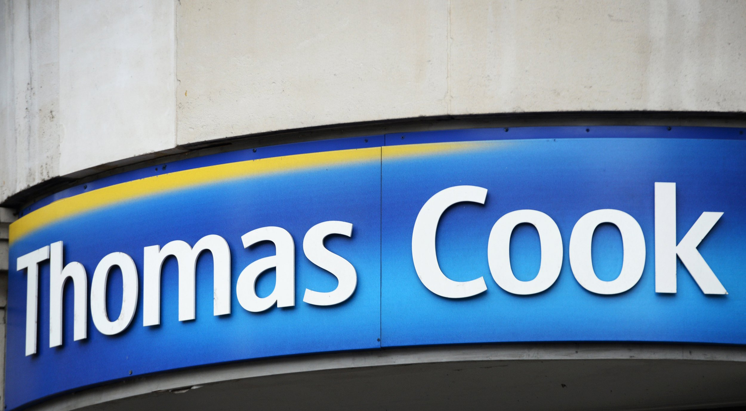 epa06917575 (FILE) - A logo of Thomas Cook is seen in central London, Britain, 26 November 2014 (reissued 29 July 2018). Thomas Cook on 29 July 2018 announced it was cancelling its trips to animal parks such as SeaWorld or Loro Parque where orcas, or killer whales, are held captive as an attraction. The decision was taken after a customer survey's result stressing the importance of animal welfare being taken seriously. EPA/FACUNDO ARRIZABALAGA *** Local Caption *** 53709111