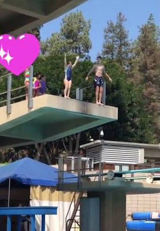 Brave Harper does a high dive with her bro Instagram/David Beckham