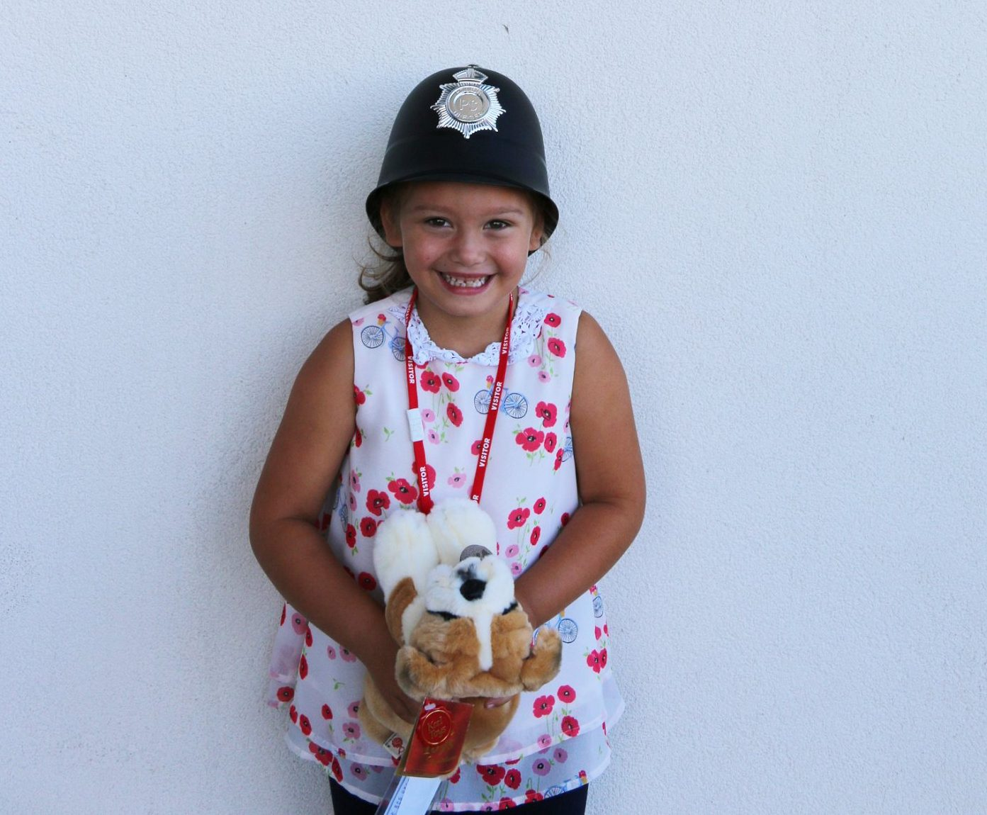 Ruby Walters, 6 who saved the life of her mum by dialling 999 when she collapsed at home. See NTI copy NTI999: A quick-thinking six-year-old girl has been given a bravery award after she saved the life of her mum by dialling 999 when she collapsed at home. Little Ruby Walters managed to stay calm when she found mum Faye unconscious on the floor after she became unwell on June 7. Incredibly, the youngster used her mum???s thumbprint to unlock her mobile so she could make the emergency call.