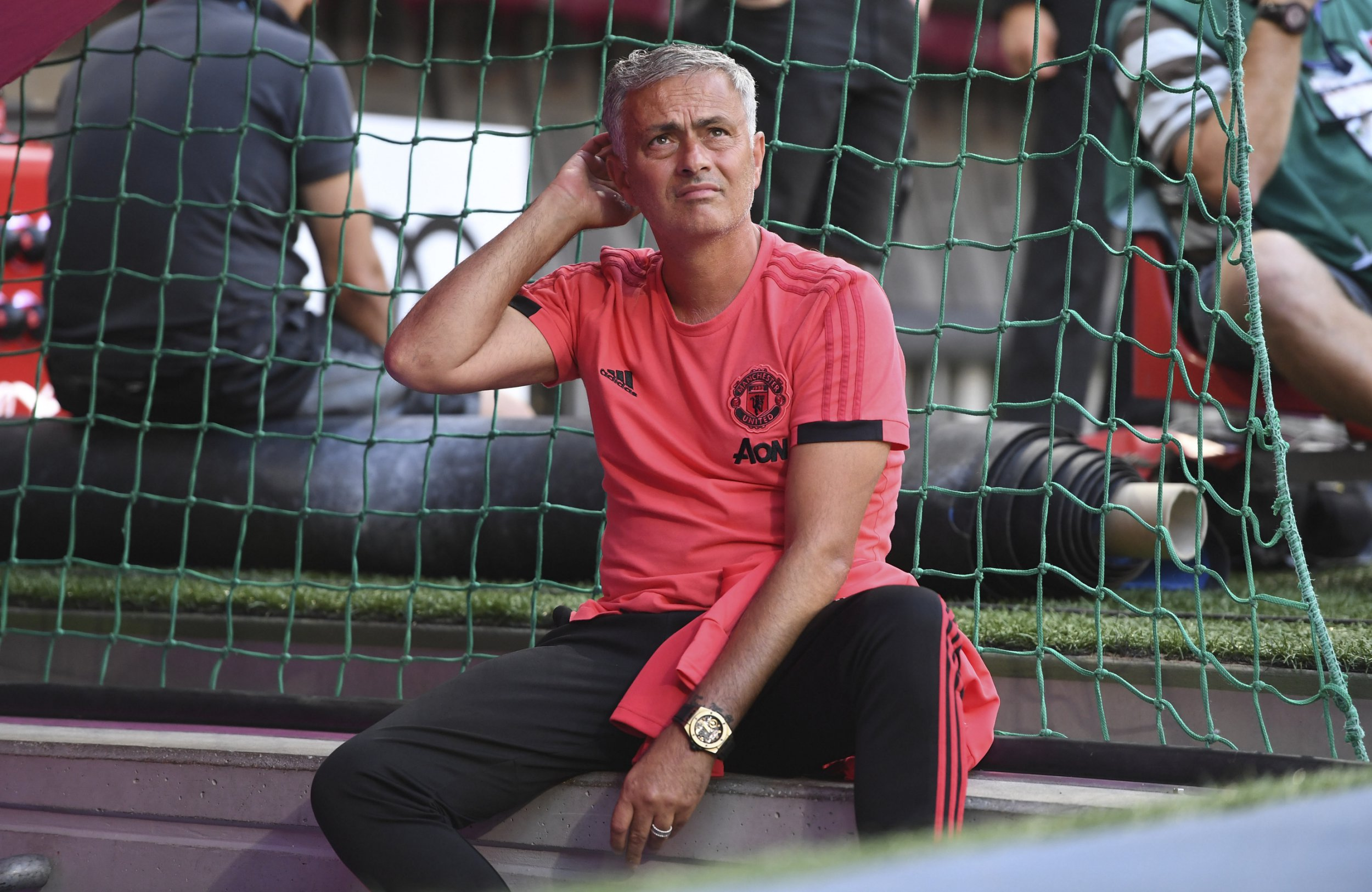 epa06929706 Manchester's head coach Jose Mourinho is seen prior to the friendly soccer match between FC Bayern Munich and Manchester United, in Munich, Germany, 05 August 2018. EPA/LUKAS BARTH-TUTTAS