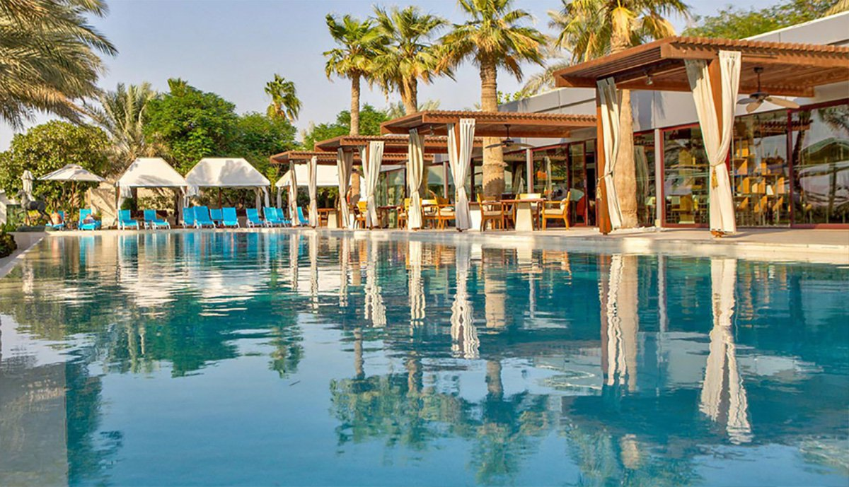 Afternoon tea in the clouds and dinner in an aquarium: How to holiday like a millionaire in Dubai