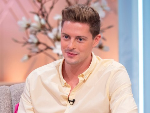 Is Love Island's Dr Alex 'is searching for a flatmate' with the most brilliantly cringe advert ever?