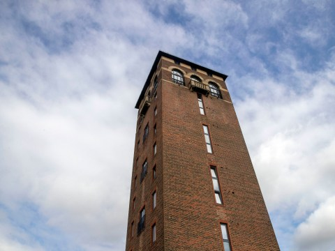 A penthouse flat at the top of a water tower is on sale for £750,000