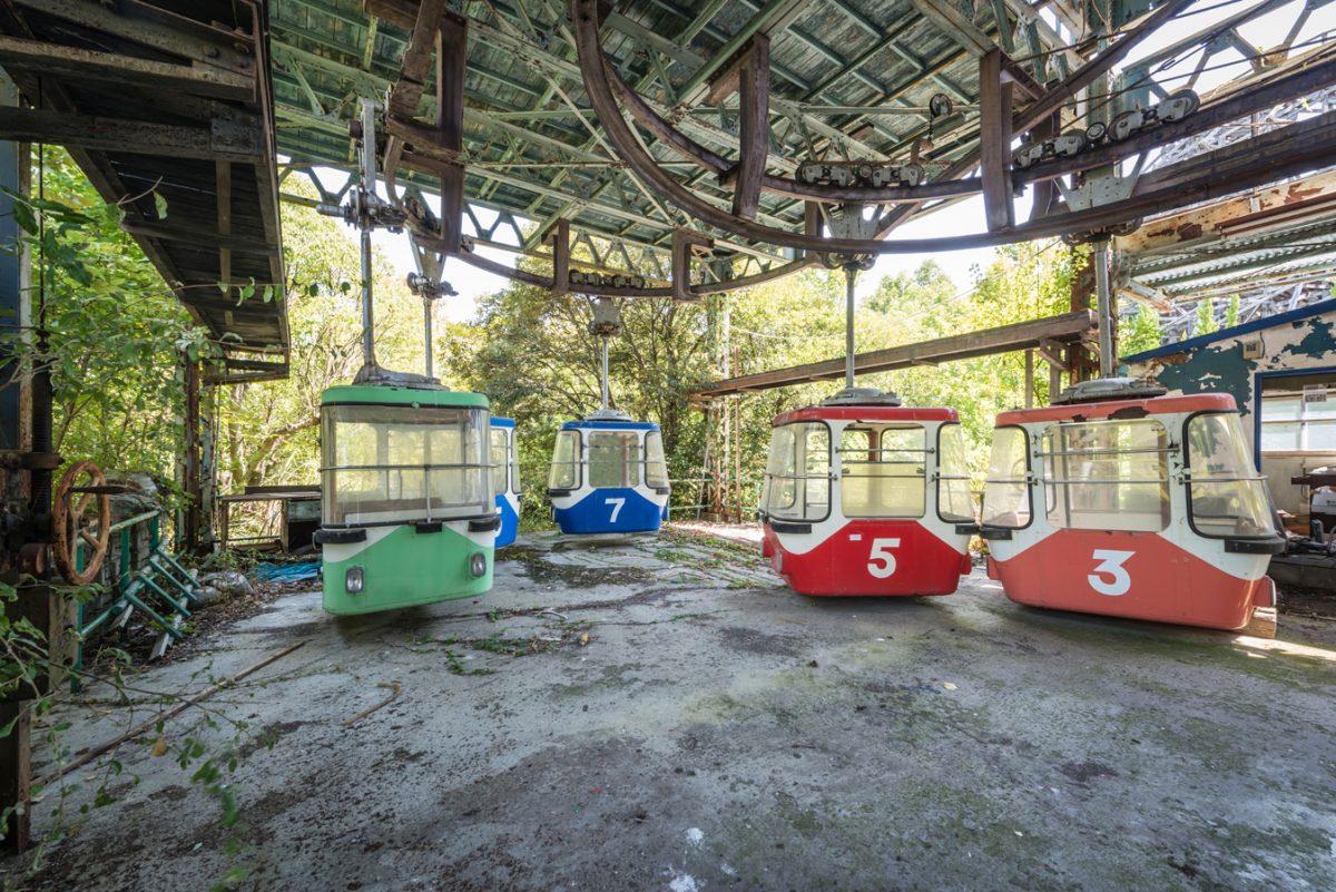 Haunting photos capture abandoned Nara Dreamland theme park in Japan
