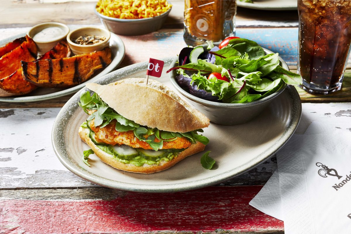 Rejoice, chicken fans, for Nando's is (temporarily) bringing back the Churrasco Burger