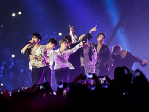 Super Junior and iKON perform at Asian Games closing ceremony