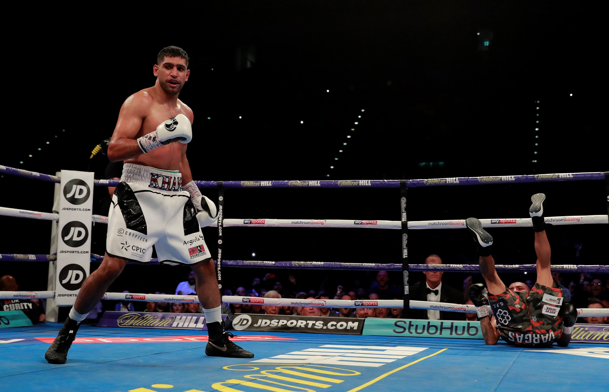 Boxing - Amir Khan v Samuel Vargas - Arena Birmingham, Birmingham, Britain - September 8, 2018 Amir Khan after knocking down Samuel Vargas Action Images via Reuters/Andrew Couldridge