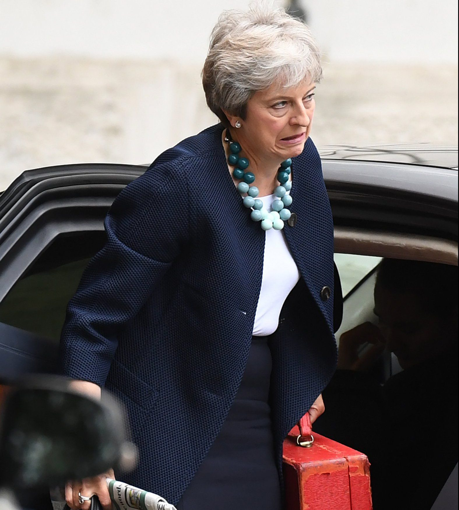 epa07009959 Britain's Prime Minister Theresa May arrives at Downing Street in London, Britain, 10 September 2018. With 200 days to go until the United Kingdom leaves the European Union, dub bed Brexit, the British cabinet will hold a meeting on 11 September 2018. EPA/FACUNDO ARRIZABALAGA
