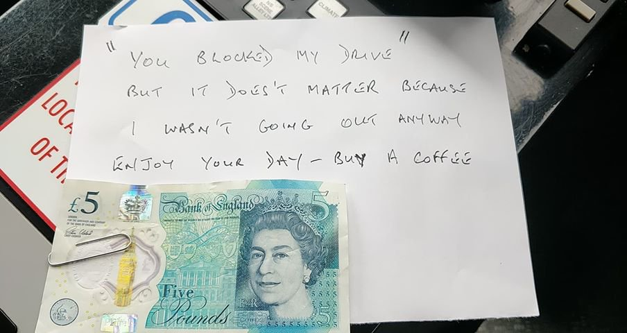 METRO GRAB TWITTER East Midlands Ambulance Service NHS Trust ??? Verified account @EMASNHSTrust Follow Follow @EMASNHSTrust More Lincolnshire Paramedic Julie Wade & ECA Catherine Whitehouse were attending a patient in Spalding yesterday when they had a #Bluelighthappy moment. When they left to take the patient to the ambulance they were greeted with this #EMAZING note.