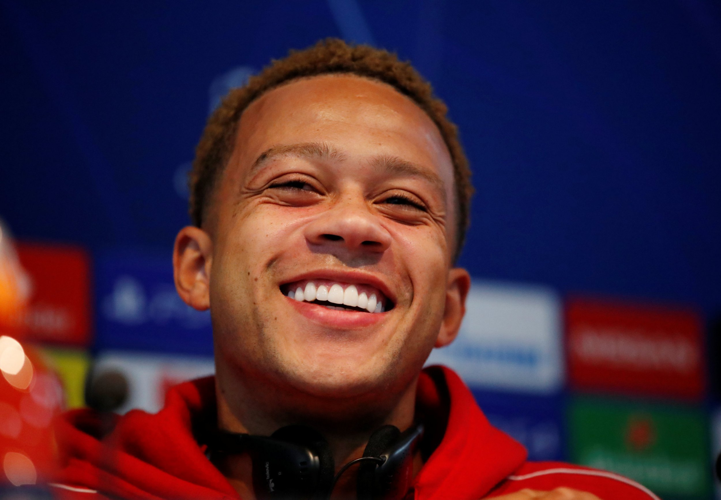 Manchester United flop Memphis Depay laughs off criticism from Wayne Rooney