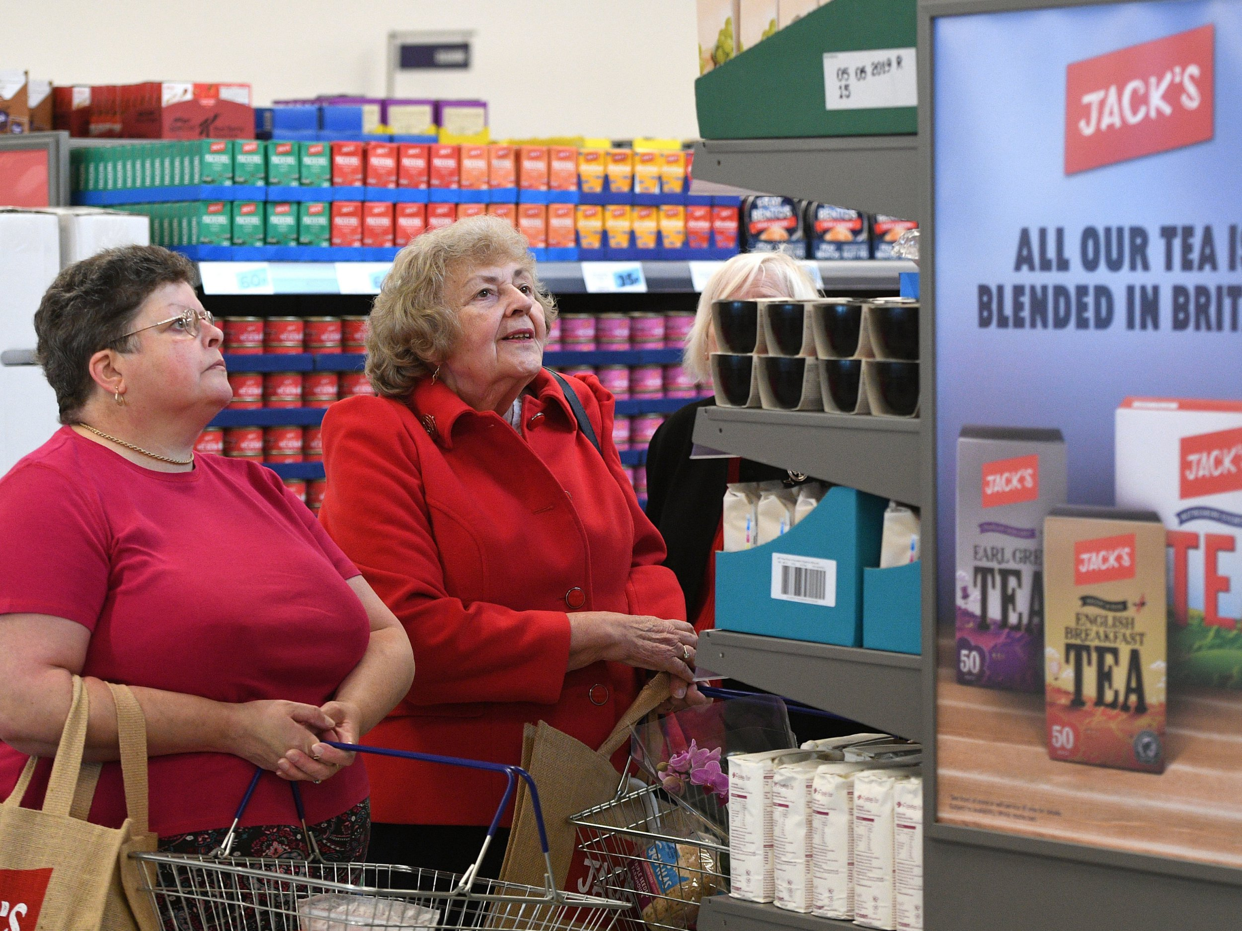 Customers shop in Tesco's new Jack's store in Chatteris, Cambridgeshire, as it opens to the public for the first time. PRESS ASSOCIATION Photo. Picture date: Thursday September 20, 2018. The UK's biggest retailer is to launch a chain of discount stores in Britain called Jack's, after Jack Cohen, who founded a business in 1919 that became Tesco. See PA story CONSUMER Jacks. Photo credit should read: Joe Giddens/PA Wire