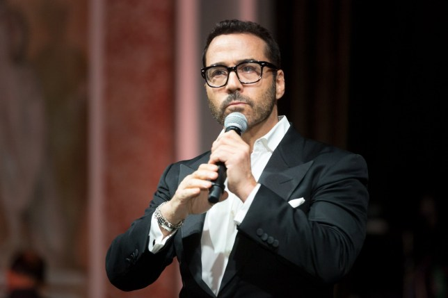 "BEVERLY HILLS, CALIFORNIA - SEPTEMBER 22: Actor and host Jeremy Piven attends the Face Forward's 10th Annual ""La Dolce Vita"" Themed Gala at the Beverly Wilshire Four Seasons Hotel on September 22, 2018 in Beverly Hills, California. (Photo by Greg Doherty/Getty Images)"