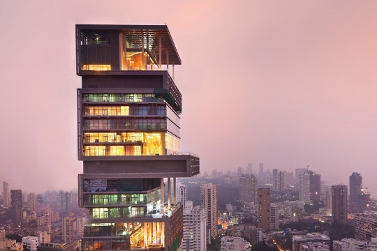 Antilia Tower, by architects Perkins-Will and Hirsch Bedner Associates, for Mukesh Ambani in Mumbai, India. 02/2011 pub orig (Picture: Perkins and Will)